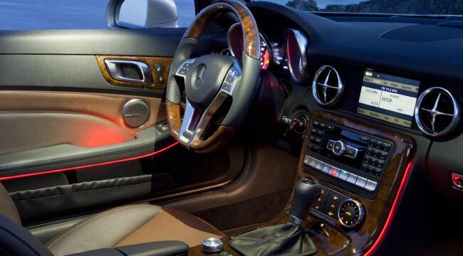 Harman Kardon + Mercedes Benz